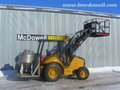 Caterpillar Anfo Tank with Man Basket - 420EIT